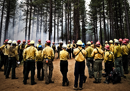 2015 Central Oregon TREX doing an after action review to discuss outcomes and lessons learned of a prescribed fire.